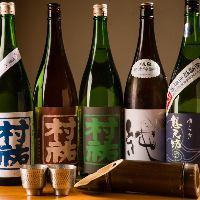 日本酒は新潟地酒と県外酒を常備取り揃えています。