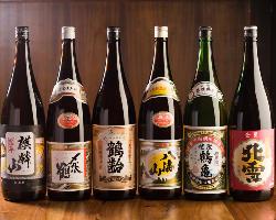 新潟県の全蔵より入荷する地酒は約100種類以上のラインナップ!