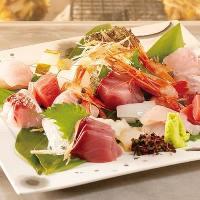 北陸の鮮魚を詰め込んだきときと造り盛りはぜひご注文ください
