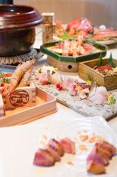 四季折々の食材を使用した遊び心溢れる創作料理も。