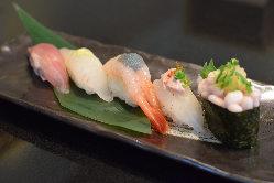 お刺身や寿司の他、こだわりの一品料理多数!