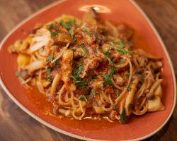 具だくさんのスパゲッティも人気です◎