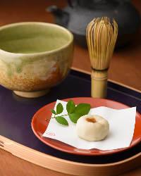 新しい商品やお酒との相性もぴったりな和菓子など種類も豊富。