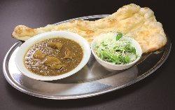 本格インド料理が手軽に楽しめます。