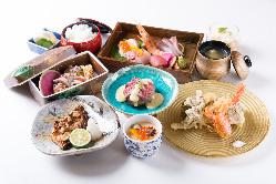 宴会コースは3,500円(税抜)~7,000円(税抜)