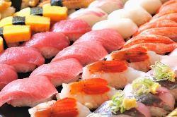 氷見漁港と新湊漁港から直送される旬の鮮魚を召し上がれ。