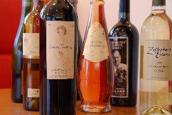 イタリア産ワイン、カクテル、ノンアルコールなどをご用意