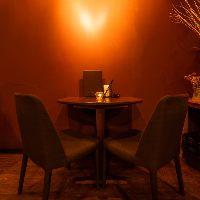 【ムード満点】 特別な記念日のディナーにぴったりなテーブル席