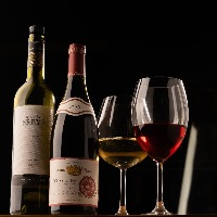 【料理とのマリアージュ】 今月の店主掘り出しワインがおすすめ