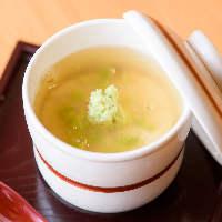 【逸品】 旬食材や地場野菜をメインに使う心尽くしのお料理