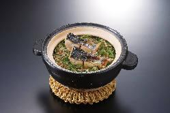 自家製スイーツと仏の紅茶で午後のティータイムをご満喫下さい
