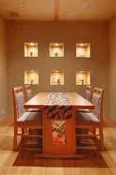 少人数からご利用できる 優雅な個室