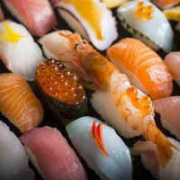 お寿司も充実のラインナップ♪