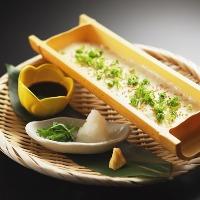 お刺身や揚げ物、オリジナルまで様々な一品料理をご用意。