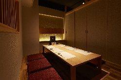日本の「和」の空間が落ち着きます。接待や会食にも◎