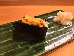鮮度抜群で脂がのった瀬戸内の魚を使用した極上の寿司に舌鼓。