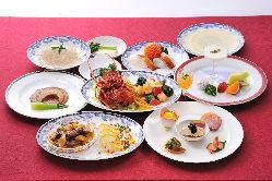 料理長厳選の高級食材を楽しむコースは至福の一時・・・