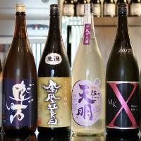 豊富なドリンク類。季節の日本酒もあります
