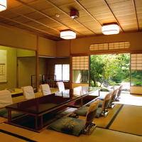 接待にオススメ!純日本庭園を眺めながらお食事ができる個室