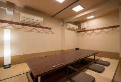 10名様迄の完全個室の 掘りごたつのお部屋
