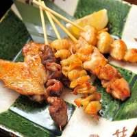 岩手県産いわい鶏と宮城県石巻の「伊達の旨塩」を使用した串焼き