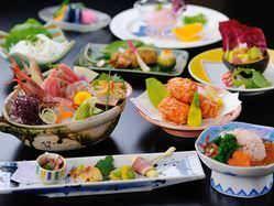 旬魚を盛り込んだ宴会コースは、4,000円~ございます。