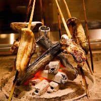 オススメは炉端焼き。旬の食材をお楽しみ頂けます。