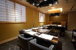 接待・会食など様々な用途に適した個室は 3名様から18名様まで