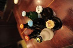 ★ベルギービールは王冠も可愛いです!