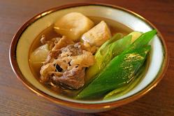 山形の芋煮 郷土料理もご用意しております。