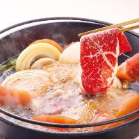 千の庭1番人気「草庵」。冬の鍋付きです。