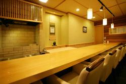 カウンター席(1階)