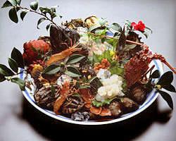 『活魚姿造り』 4,000円(税別)~ お刺身のあとにあら汁なども