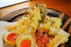 香ばしくサクッとした揚げたての天ぷら!