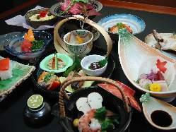 【懐石料理】 接待・お食事・各種ご宴会に。