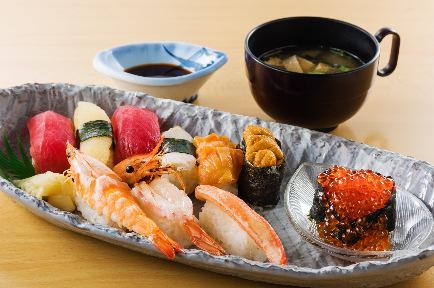レストラン 四季亭 image