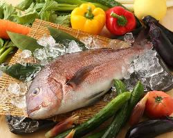 新鮮食材から溢れでる素材の旨みをご堪能あれ!
