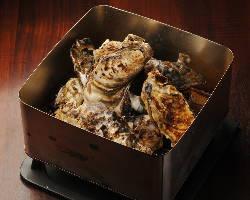 新名物「牡蠣のかんかん焼き」は石巻直送の牡蠣を使用!!