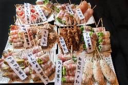 【絶品巻もん】 豚バラでチーズや野菜を巻いた人気の創作串