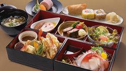 1月の彩り懐石弁当 1,500円 厳選した旬の食材をたっぷり使用