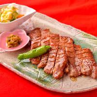 【お料理】新鮮な食材を職人が 一品一品丁寧に仕上げます。