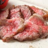 仙台牛などこだわりの食材を多数取り扱っております