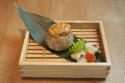 名物 生雲丹の焼おにぎり ¥700円