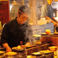 毎日一本一本丁寧に仕込んでいる串焼きを食べに来てください!