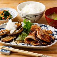 日替り定食は、お肉とお魚のコンビセット 限定で2種類ご用意