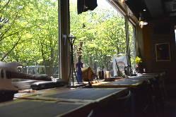 カップルシートの個室でまったりデートディナー