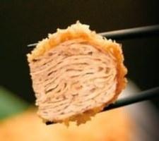 この層がおいしさの秘訣。 間に溜まった肉汁が・・・!!