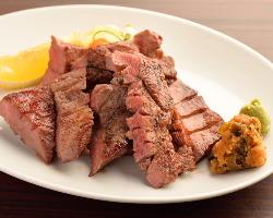 【看板料理】 厚切り牛タン
