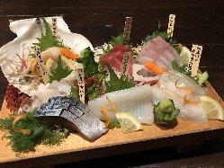 店主やスタッフ自ら釣った新鮮なお刺身が楽しめます