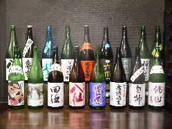 青森の地酒や全国の銘酒が豊富です